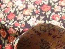 画像7: 「即納F」はぎれ70x50:ゴブラン織りバラ(黒ベース、柄・小)/ 170g (7)