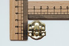 画像3: 「即納F」 留め金具26x28mmゴールド /8g (3)