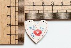 画像2: 「移動中」木製飾りボタン:バラ・ハート/3g (2)