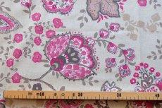 画像3: 「即納J」はぎれ70×48:ペルゼ風花柄(ベージュベース、ピンク)/105g (3)