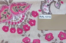 画像7: 「即納J」はぎれ70×48:ペルゼ風花柄(ベージュベース、ピンク)/105g (7)