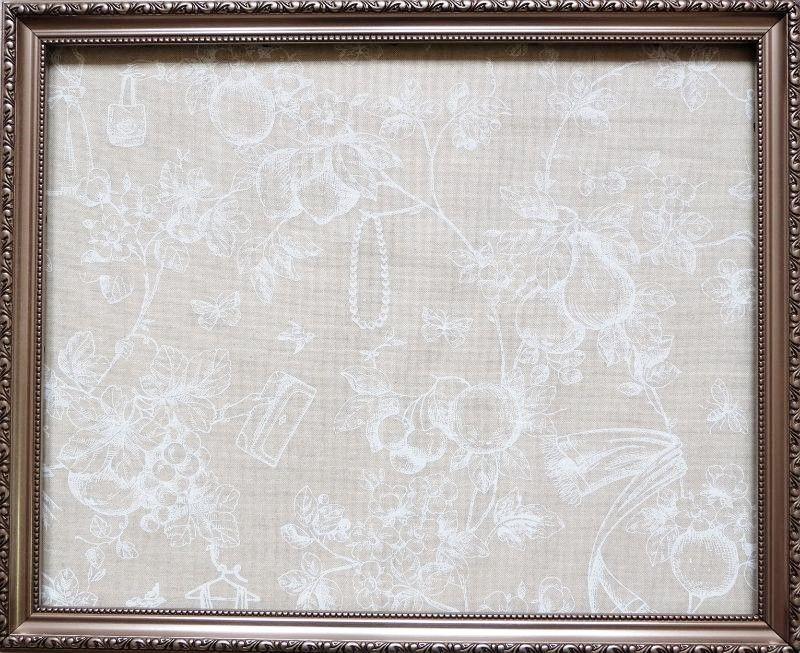 画像1: 「即納F」はぎれ70x50:草木と小鳥とワンピース(麻色ベース白)/95g (1)