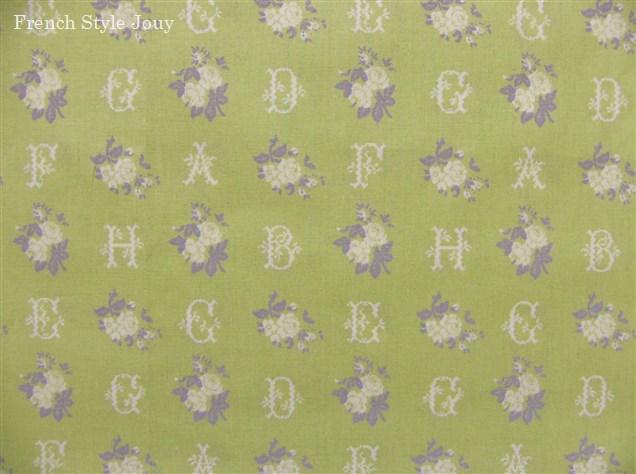 画像1: 「即納J」はぎれ70x50:マーキーズ(グリーンベース、クロスステッチ柄バラ・アルファベット) /70g (1)
