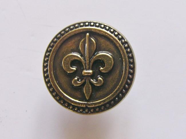 画像1: 「即納F」取っ手:百合の紋章 径30mm(丸形ボタン、アンティークゴールド)/35g (1)