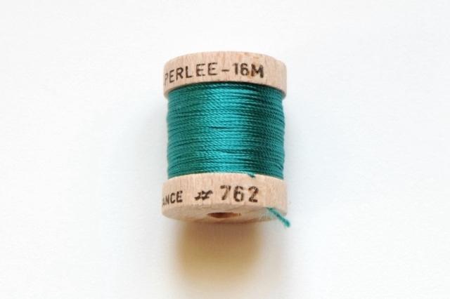画像1: 「即納J」絹糸:AU VER A SOIE (色番号762:ブルーグリーン)16m /30g (1)