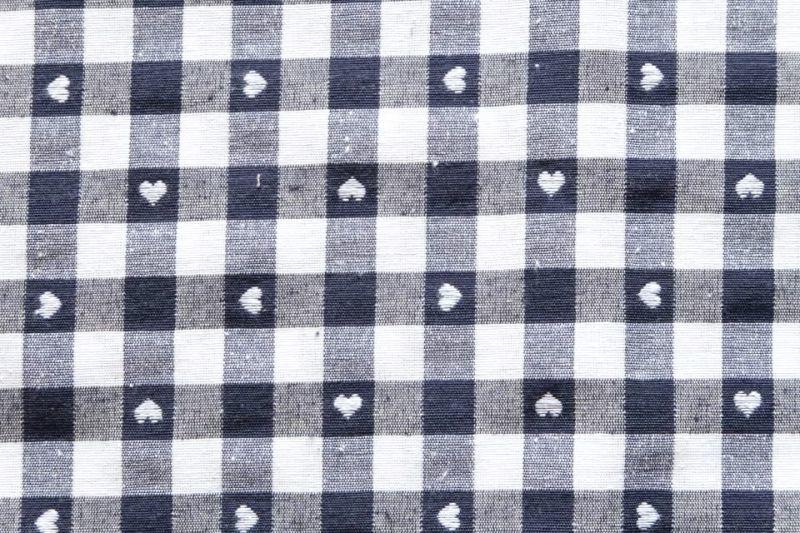 画像1: 「即納J」はぎれ70×50:ヴィシーチェック・ハート(マリーンブルー)/105g (1)