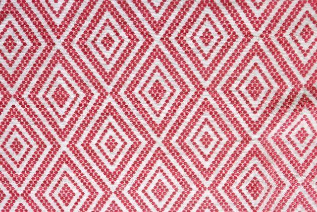 画像1: 「取寄せ」布:フォークロア(ジャカード、 赤)/650g (1)